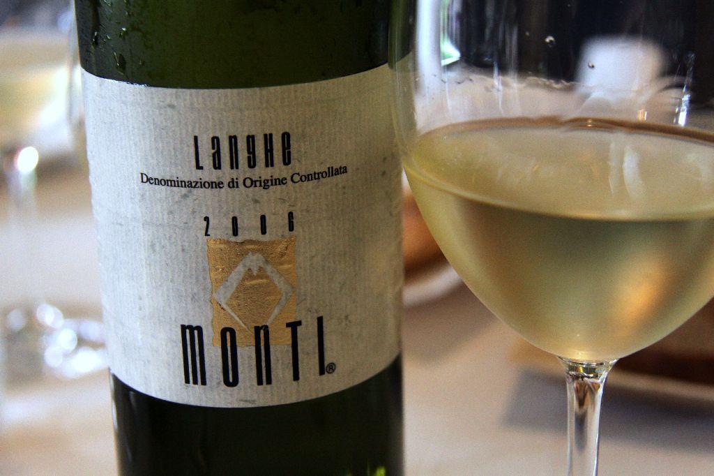 La Credenza Carta Dei Vini : Il piacere del vino u csenza pensieriu d con la credenza e