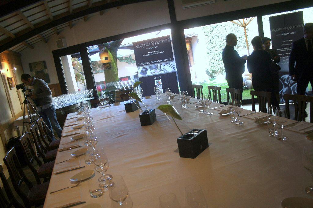 La Credenza Di San Maurizio Canavese : Cartoline dal xxxvi meeting di altissimo ceto ristorante la