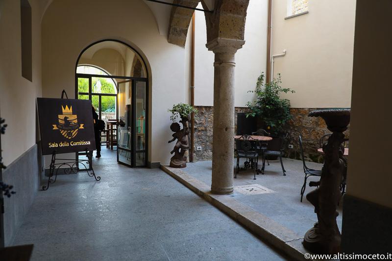La Credenza Della Suocera Roma : Sala della comitissa civita castellana vt viaggiatore gourmet