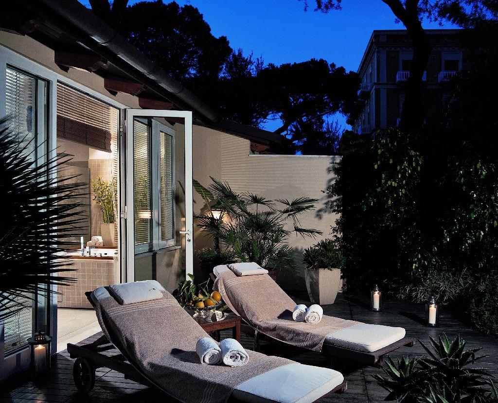 Ristorante Terrazza Bosquet del Grand Hotel Excelsior Vittoria 5*L ...