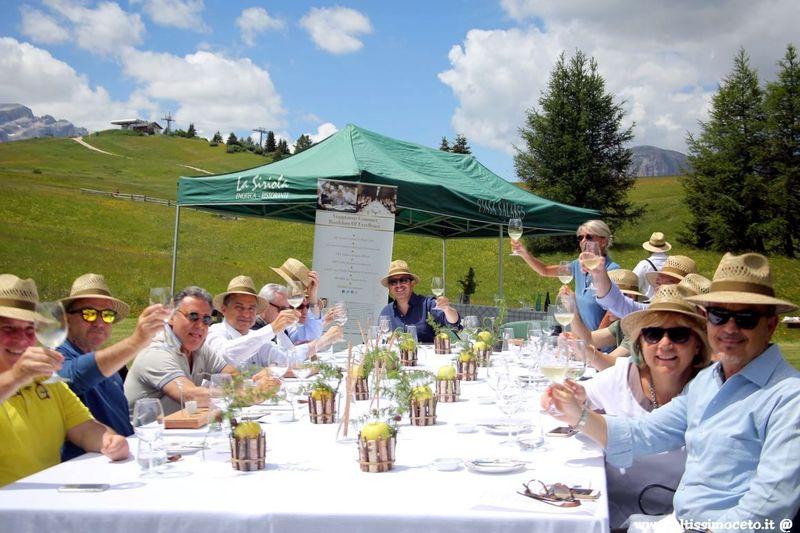 Cartolina dal 577mo Meeting VG @ La Siriola dell'Hotel Ciasa Salares - San Cassiano (BZ) - Patron Stefan Wieser, Chef Matteo Metullio