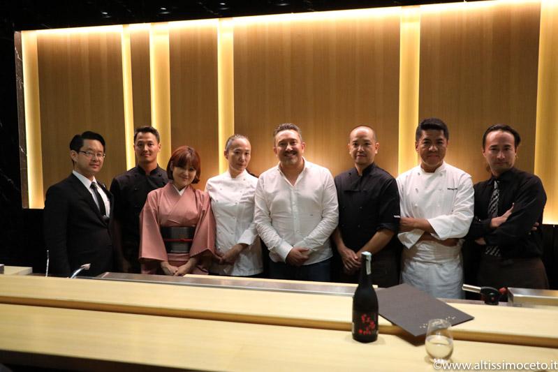 Cartoline da Sushi B Milano - Il nuovo menù Kaiseki incontra le bollicine di Ferrari - Chef Nobuya Niimori