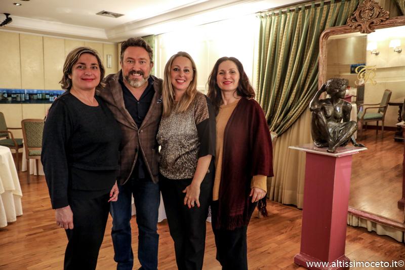 Ristorante La Tenda Rossa - Cerbaia Val di Pesa (FI) - Famiglie Salcuni e Santandrea