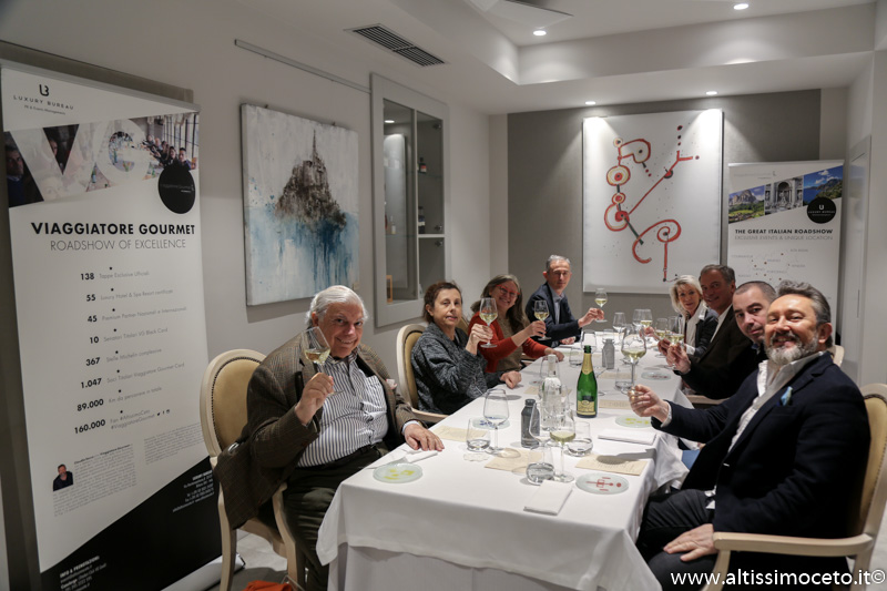 Cartoline dal 940mo Meeting @ Ristorante Il Moro - Monza - Chef/Patron Salvatore Buttice, Patron Antonella e Vincenzo Buttice